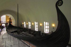 Vikingskipshuset navi